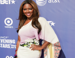 kenya moore on red carpet