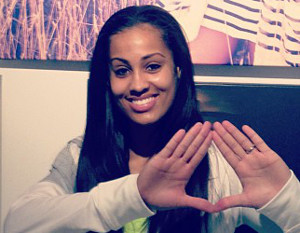 Skylar Diggins signs with Roc Nation Sports